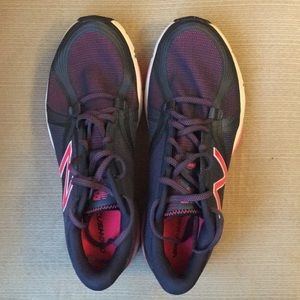 New Balance NWOT sneakers 10 wide